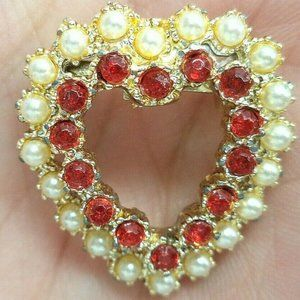 vintage red rhinestone faux pearl heart brooch pin